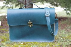 Hey, I found this really awesome Etsy listing at https://www.etsy.com/pt/listing/222867217/turquoise-leather-laptop-bag-15macbook