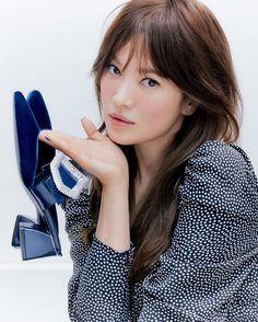 Lorraine, Song Hye Kyo Style, Prettiest Actresses, 22 November, Korean Street Fashion, Iconic Women, Korean Celebrities, Girls In Love, Korean Beauty