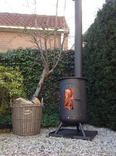 Outdoor Stove, Outdoor Heaters, Outdoor Fire, Outdoor Decor, Diy Fire Pit, Fire Pit Backyard, Gas Bottle Wood Burner, Small Stove, Photo Guest Book