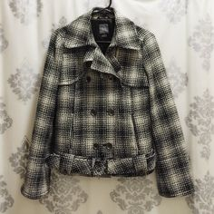 Armani Exchange PeacoatNEW LISTING Only worn twice. Features black and white chic design and adjustable belt. Keep fashionably warm this season! Armani Exchange Jackets & Coats Pea Coats