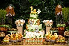 Mais do safari do Arthur. Boys First Birthday Party Ideas, Jungle Theme Birthday, Safari Birthday Party, Baby Birthday Cakes, Baby Party, 2nd Birthday Parties, Baby Shower Parties, Baby Shower Themes, Baby Boy Shower