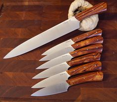 XHP and cocobolo carver and 6 piece matching steak knives carver is 11 inch blade and the steaks are about 4 inch [IMG] Handmade Chef Knife, Steak Knives, Prime Rib, Custom Knives, Kitchen Knives, Weapons, Hobbies, Metal, Outdoor