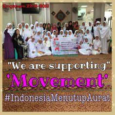 Dukungan #IndonesiaMenutupAurat dari ODOJ Singapure . Follow @indonesiamenutupaurat