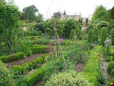 Barnsley House kitchen garden