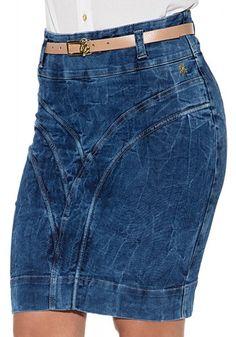 saia jeans manchada curta via tolentino viaevangelica frente detalhe 2 Denim Skirt Outfits, Denim Outfit, Jeans Dress, Jean Outfits, Cool Outfits, Clothes For Women Over 50, Denim Ideas, Jeans Rock, Clothing Hacks