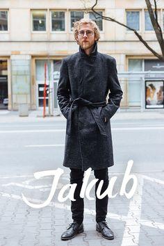 Street Style Warsaw Warsaw, Vogue, Street Style, Mens Fashion, Coat, Jackets, Moda Masculina, Down Jackets, Man Fashion