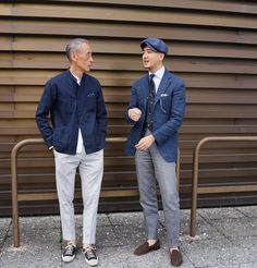 Linen for summer, tweed for winter | The Master Giving Lessons. Source: 1 2 3