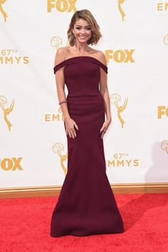 Sarah Hyland Emmy awards 2015 best dressed