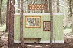 Wedding photo backdrop                     Repinned by Moments Photography http://www.MomentPho.com