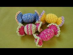 Beaded Crafts, Yarn Crafts, Crochet Toys Patterns, Crochet Designs, Crochet Food, Free Crochet, Crochet Hair Clips, Fruit Pattern, Crochet Baby Shoes