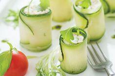 Rolinhos de pepino com tartar de wasabi