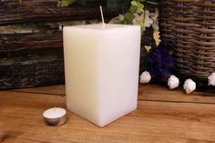 Κεριά μασίφ τετράγωνα σε χρώμα λευκό ΤΧ0915ΧΛΕ. Πλευρά: 9εκ. Ύψος: 15εκ. Pillar Candles, Taper Candles