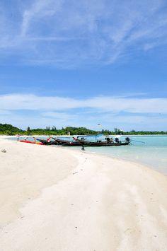 Amazing Places To Experience Around The Globe - Koh Samui #tarazz #travel #lovelife