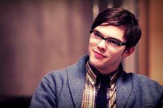 He was such a cute nerd in X-Men First Class ^_^