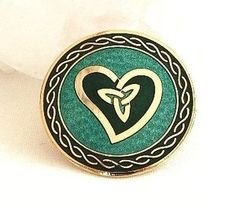 Celtic TRIQUETRA HEART Green