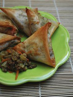 Samossas boeuf échalotes faciles - Recette de cuisine Marmiton : une recette