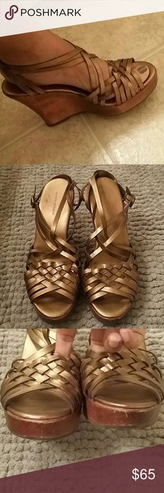 Banana Republic Wedge Heels Bronze (Size 10) Great Condition! Banana Republic Shoes Wedges