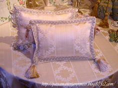 「Chez Mimosa シェ ミモザ」     ~Tassel&Fringe&Soft furnishingのある暮らし~     フランスやイタリアのタッセル・フリンジ・ファブリック・小家具などのソフトファニッシングで、暮らしを彩りましょう     http://passamaneriavermeer.blog80.fc2.com/
