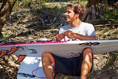 Julian Wilson Julian Wilson, Surfer Boys, Moriarty, Surf Style, Surfers, Island Life, Summer Time, Ocean, Guys