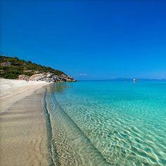 Aqua Blue And Sunny At Sani Beach Chalkidiki Beautiful Places To Visitbeautiful