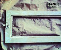 Cómo hacer un espejo con una ventana antigua, ventana vieja decapada convertida en espejo, how to make a mirror with an old window Handmademania HMMD