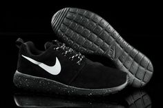 nike rodhes black with white dots | ... Run Suede :: Nike UK Roshe Run Suede 511881 110 Carbon Black White