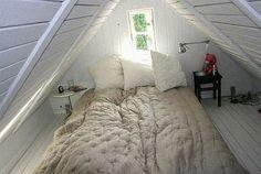 a simple life afloat: Attic Bedroom