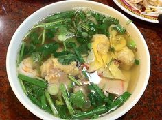 Vietnamese wonton noodle soup, mi hoanh thanh, Vietnamese food, Vietnamese noodle soup, wonton soup