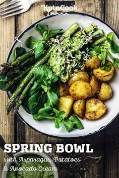 Spring Bowl with Asparagus, Potatoes & Avocado Cream #bowl #healthy