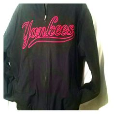 Men 2XL Yankees Black Jacket by Majestic Athletic Men 2XL Yankees Black Jacket by Majestic Athletic Yankee's by Majestic Athletic Jackets & Coats Utility Jackets