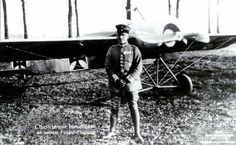 Legendary World War One German ace Max Immelmann, before taking off to put on a flying display over Lille, in his Fokker E II 37/15.15 November 1915. The synchronised machine gun has been retouched out of the photo because of it's secrecy at the time.