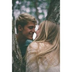 Love, teen couple, tumblr, beach, cute ❤ liked on Polyvore featuring couples, pictures, backgrounds, cute couple and people