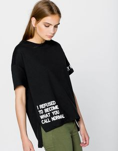 Pull&Bear – woman – new products – slogan t-shirt – black – – T-Shirts & Sweaters Chemise Fashion, Vetements T Shirt, Shirt Print Design, T Shirt Print, T Shirt Designs, Pull & Bear, Fashion Details, Fashion Design, Fashion Trends