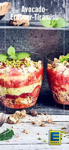 Avocado mal anders: Als Creme in einer Tiramisu aus Erdbeerscheiben und Cantuccini-Keksen #edeka