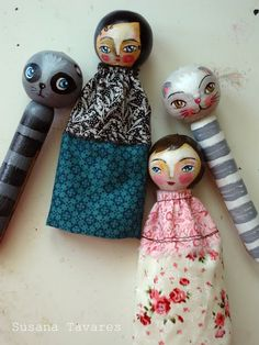 clothes pin dolls- I like how these faces are painted