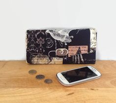 Clutch Purse Wallet Evening bag Gothic Bat Skull by BeesAttic