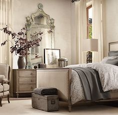 Love the mirror, and I love the grey! Elegant, stylish and relaxing