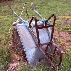 Rustic Wheelbarrow rests against tree stump as evidence of a hard working garden...#evidence #garden #hard #rests #rustic #stump #tree #wheelbarrow #working Rustic Gardens, Outdoor Gardens, Rustic Wheelbarrows, Wheelbarrow Garden, Best Chicken Coop, Real Plants, Tree Stump, Rustic Charm, Garden Tools