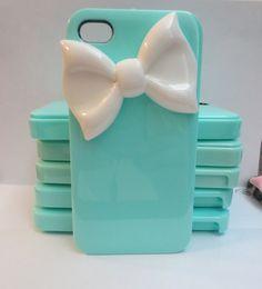 Tiffany inspired iPhone 4/4s bow case. $14.99, via Etsy.