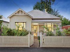 Weatherboard Houses for sale - The Stylist Splash