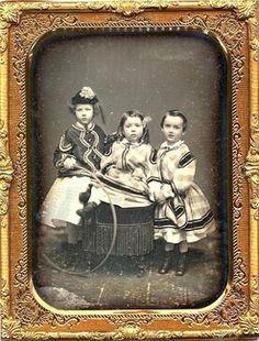 3 sisters with a hoop half plate daguerreotype