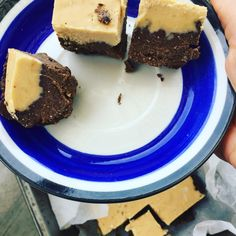 Cashew coconut brownie