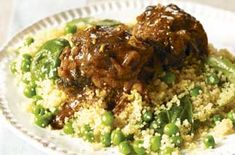 Baked spiced chicken with couscous A wonderfully tasty, warming winter meal. Tender chicken thighs in a spicy sauce, served with couscous, peas and good-for-you spinach. The whole family will love it! Chicken Spices, Baked Chicken, Butter Chicken, Garlic Butter, Uk Recipes, Cooking Recipes, Recipies, Batch Cooking, Healthy Chicken Recipes