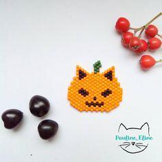 brick stitch cat pumpkin