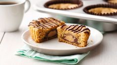 Sweet Tooth Pick of the Day: Peanut Butter Cup Secret Center Cookies Peanut Butter Cups, Cookie Cups, Cookie Dough, Cookie Swap, Easy Desserts, Delicious Desserts, Holiday Desserts, Holiday Cookies, Cookie Recipes