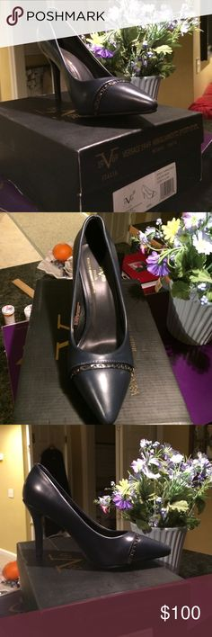 """BNIB Versace pumps. Guaranteed authentic Awesome Versace navy pumps. Chain detail across front. Style name is """"Aria """".size is 9.5M. I feel like they run half a size small.heel height is approximately 3.75"""". Rare chance to own truly one of the most luxurious brands around. Versace Shoes Heels"""