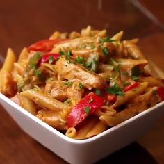 One Pot Chicken Fajita Pasta Recipe by Tasty chicken pasta recipes Tasty Videos, Food Videos, Recipe Videos, Fajita Pasta Recipe, One Pot Meals, Easy Meals, Mexican Food Recipes, Dinner Recipes, Asian Recipes