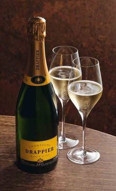 White Wine, Wines, Alcoholic Drinks, Champagne, Bubbles, 10 Mobile, Bottle, Glass, Loyalty