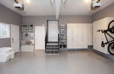 Love It Or List It Vancouver: Kevin & Sabrina's brand new, organized garage!!