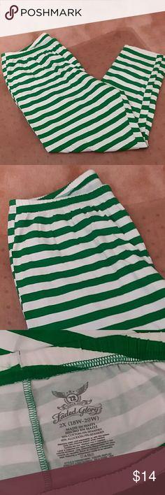 Like new leggings plus 2x green and white Green stripped with white. Like new. Leggings plus size 18w-20w Faded Glory Pants Leggings